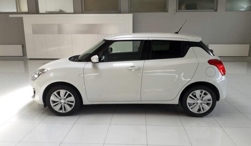 Suzuki Swift PRIVILEGE 1.2 DualJet 90ch 16470€ JP Automobiles PALAISEAUSuzuki Swift PRIVILEGE 1.2 DualJet 90ch 16470€ JP Automobiles PALAISEAU